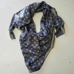 Louis Vuitton Wool Silk Blue Denim Scarf Shawl